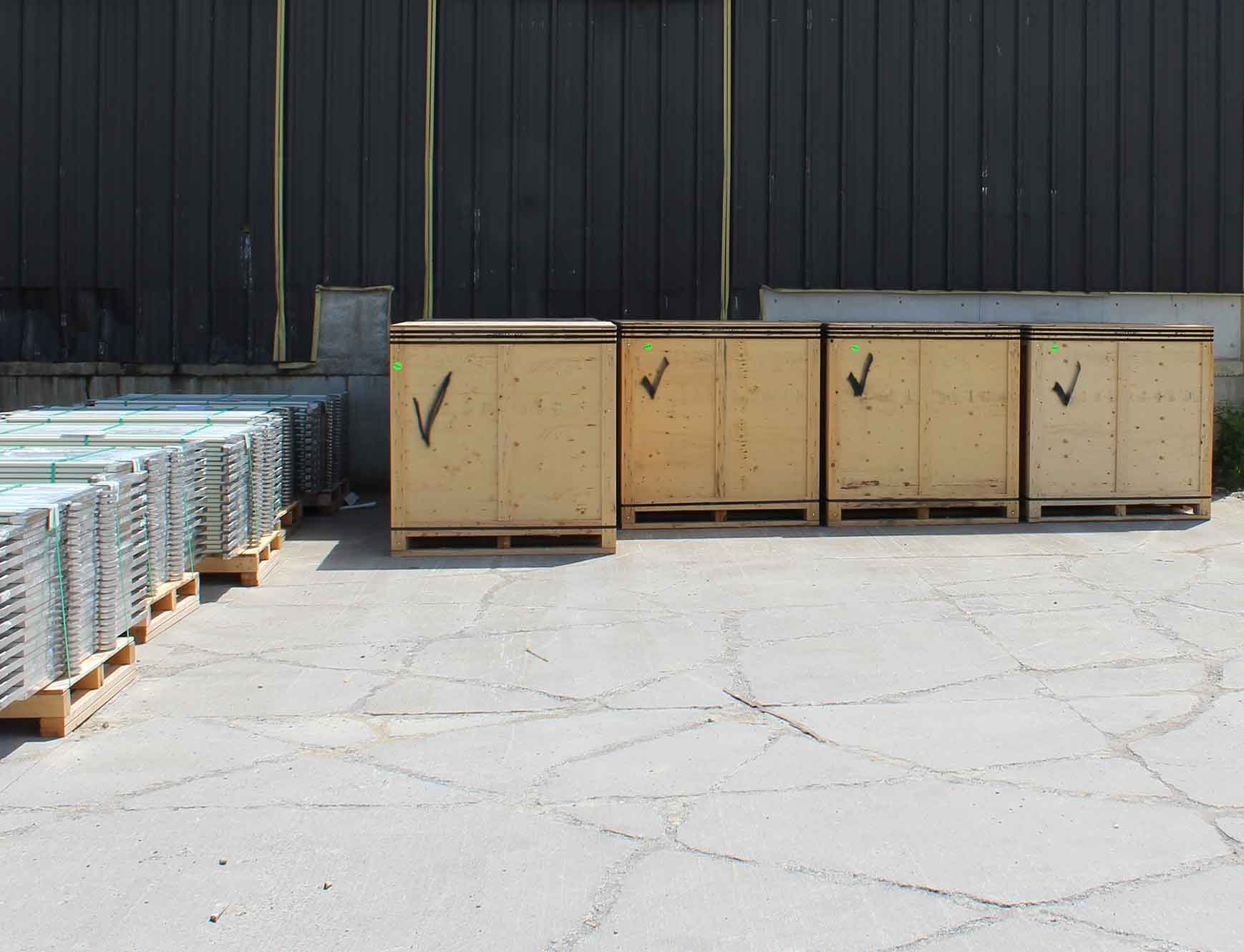 SST Cathodes Packed Vertically Ready For Ocean Freight